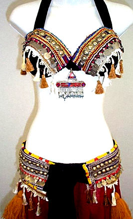 <b>Tribal Bra and Belt Set</b>